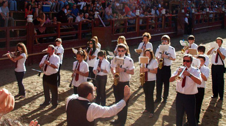 Orquesta pueblo